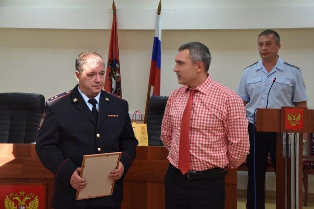 В Новой Москве награжден сотрудник полиции за смелость, проявленную при задержании правонарушителя