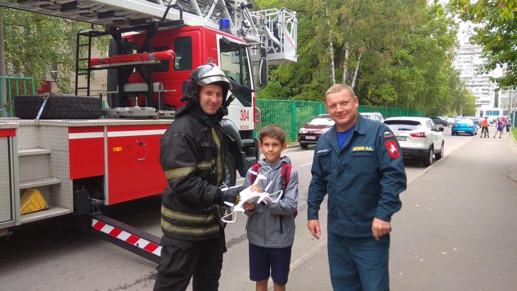 Пожарные Новой Москвы спешит делать добрые дела