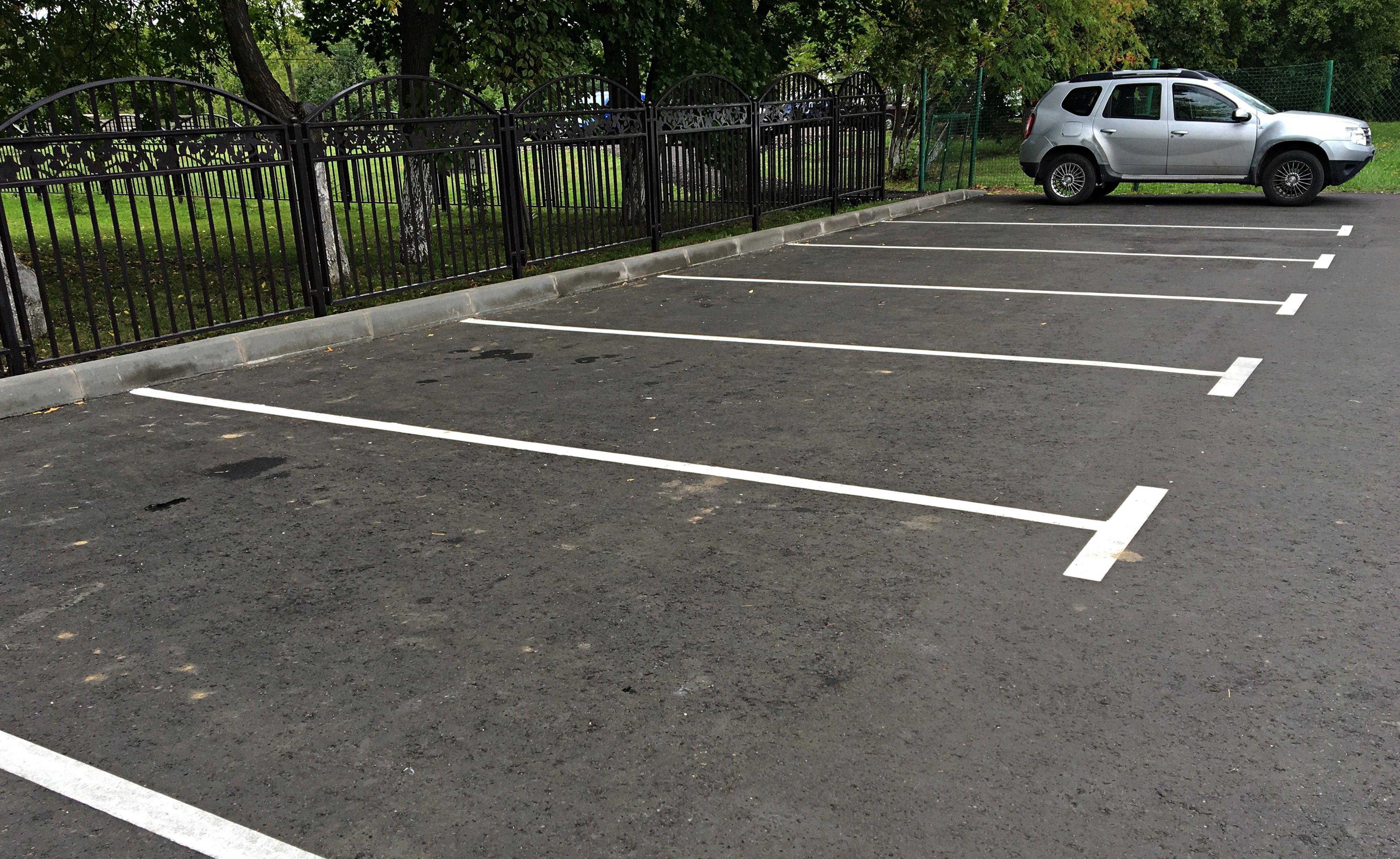 Новые парковочные места оборудовали в Десеновском