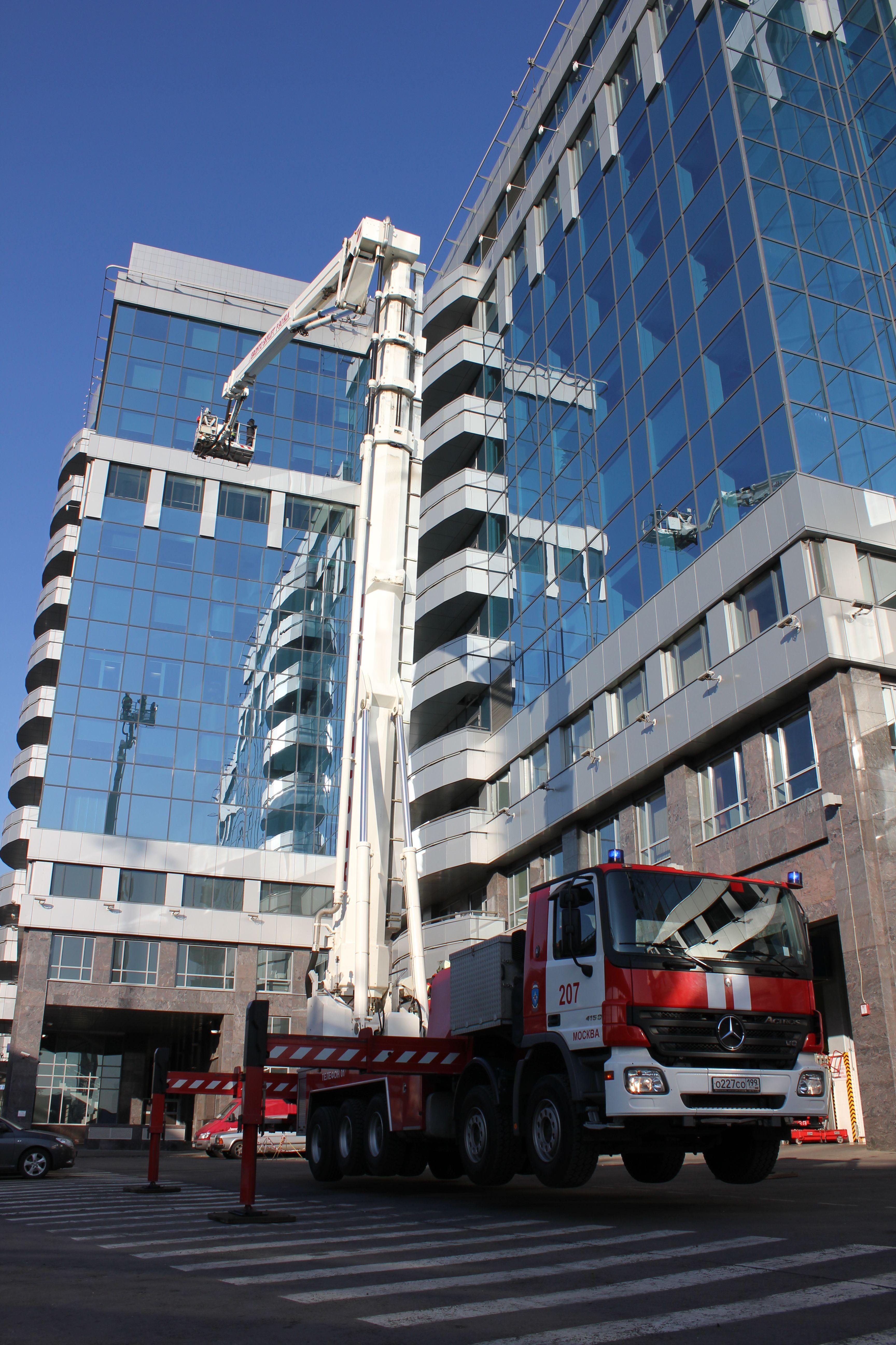 Одиннадцать лет «Пожарно-спасательный центр» обеспечивает безопасность столицы