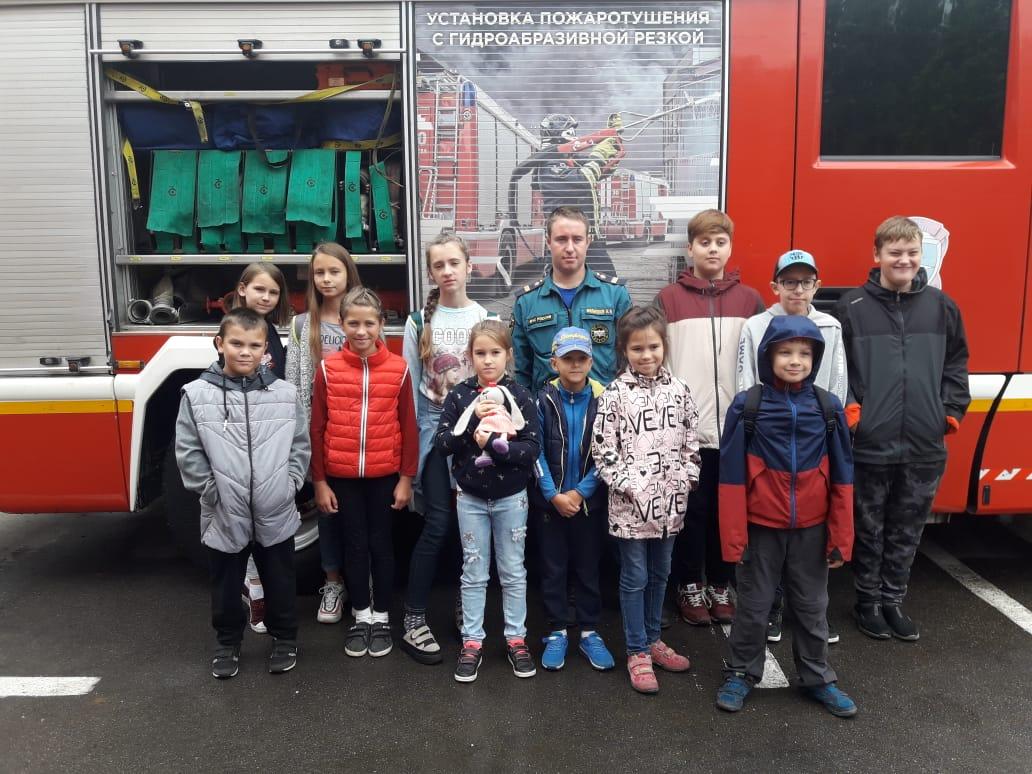 «Московская смена-2019»: экскурсии в пожарно-спасательную часть!