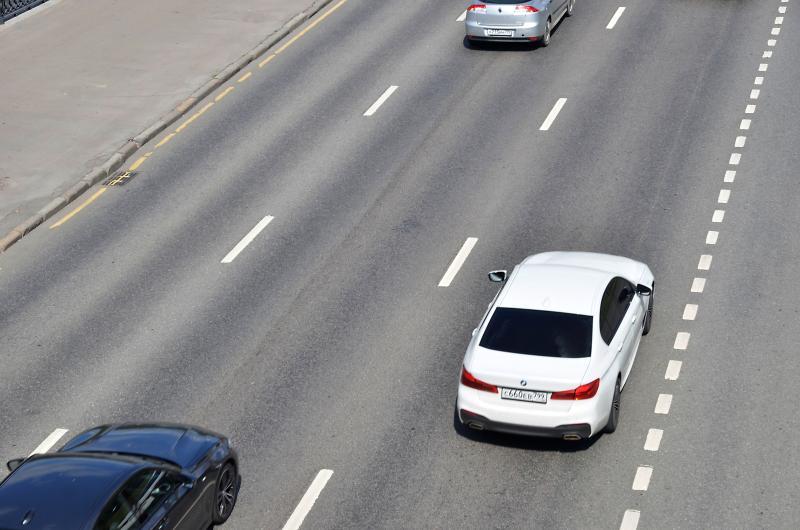 Специалисты приведут в порядок дороги около шоссе в Вороновском. Фото: Анна Быкова
