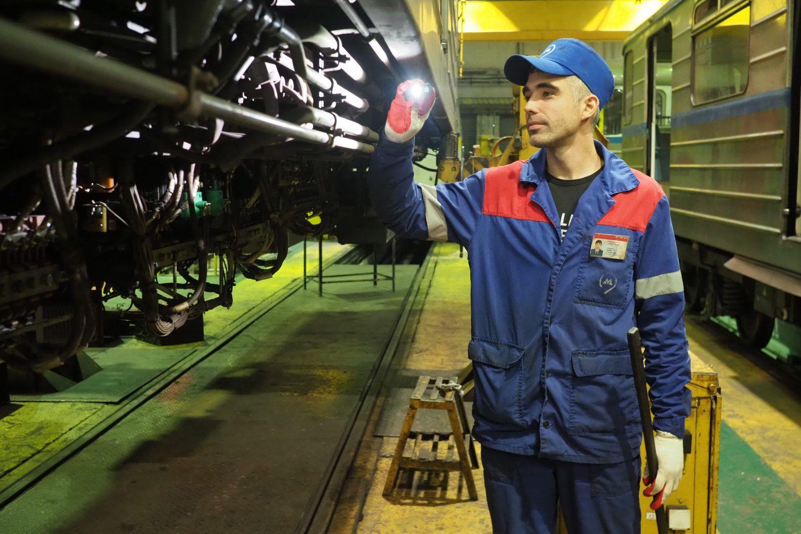 В электродепо будет создано порядка тысячи рабочих мест. Фото: Антон Гердо