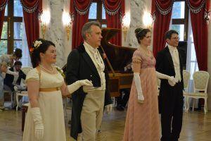 Гости с особым вниманием отнеслись к выбору нарядов. Фото: Алина Берестова