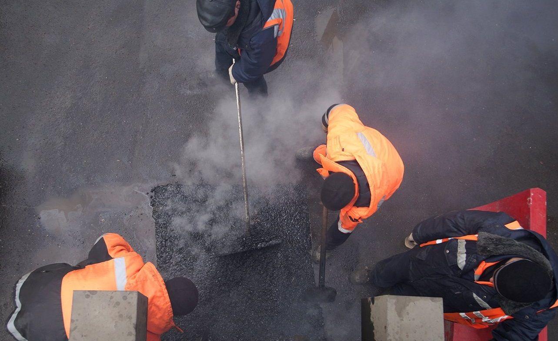 Специалисты запланировали устранить ямы на участках. Фото: официальный сайт мэра Москвы