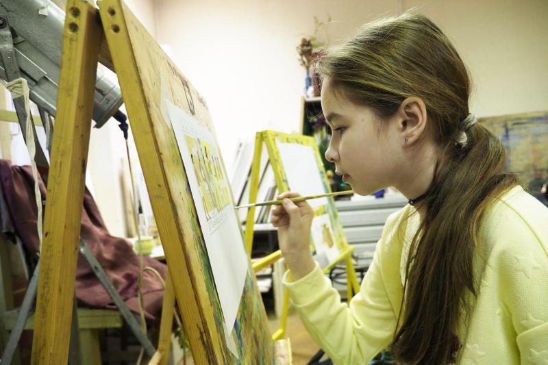 Работы детей пополнят экспозицию выставки. Фото: Антон Гердо, «Вечерняя Москва»