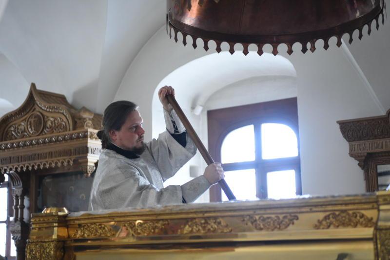 Отделочные работы проведут в храме Вороновского. Фото: Пелагия Замятина, «Вечерняя Москва»м