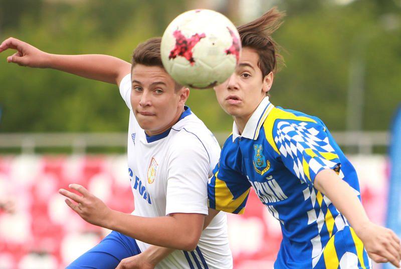 Спортсмены из Марушкинского выступят на турнире по футболу