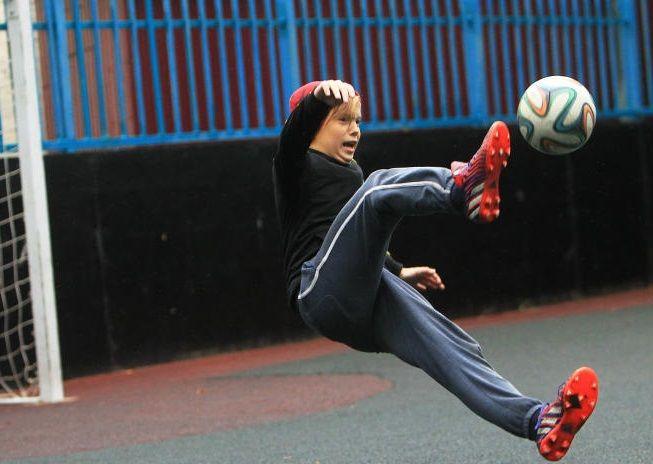 Турнир по мини-футболу стартовал в Марушкинском