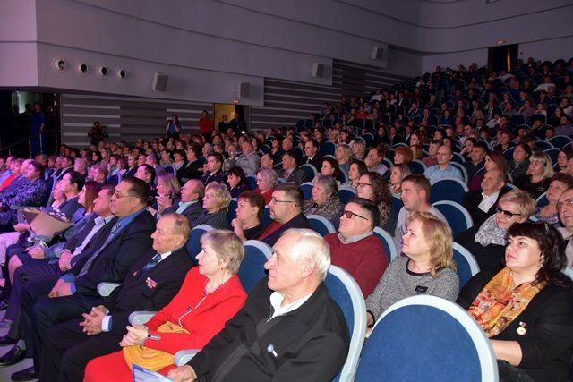 В УВД по ТиНАО состоялся большой праздничный концерт, посвященный Дню сотрудника органов внутренних дел