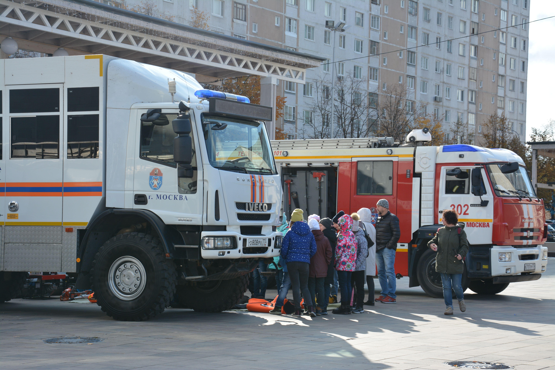Московские спасатели подвели итоги месячника по гражданской обороне