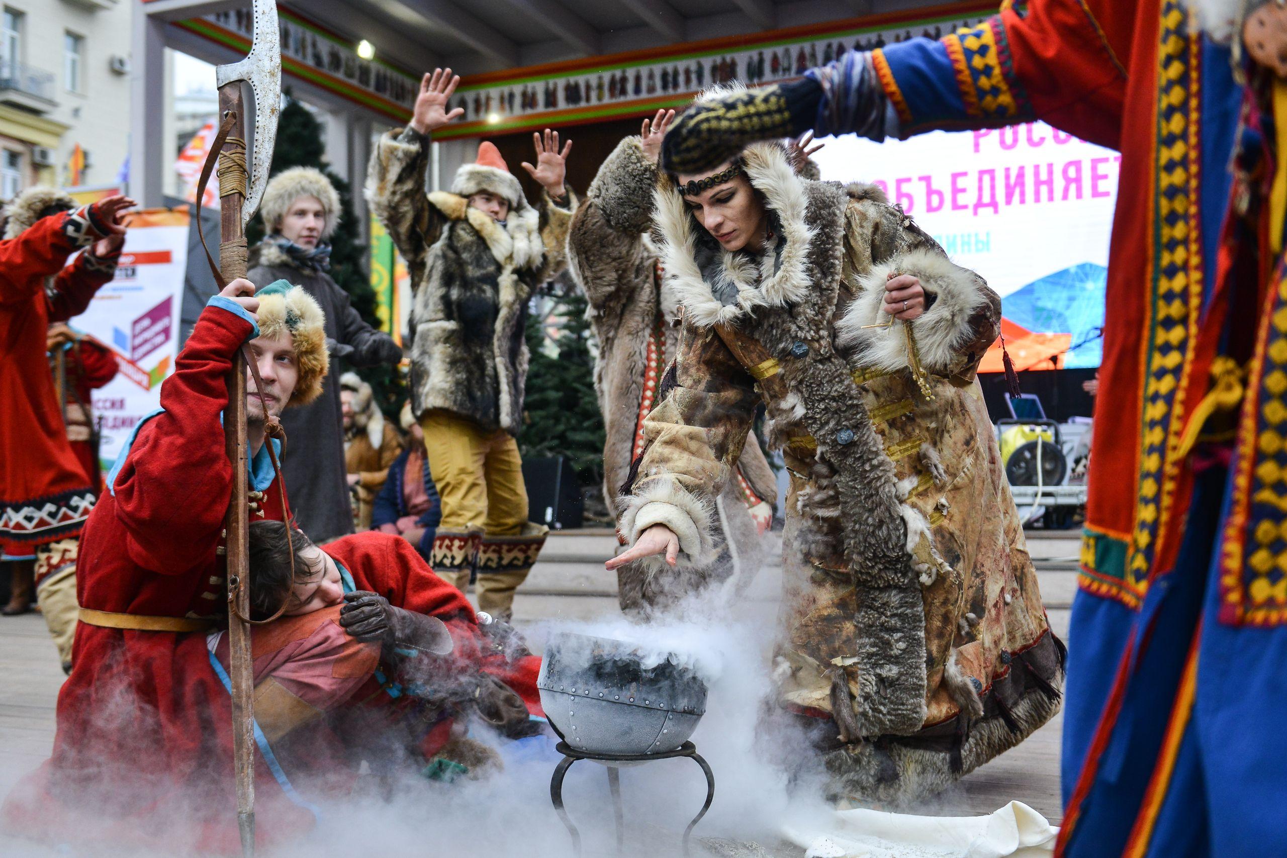 Парки Москвы присоединись к фестивалю «День народного единства»