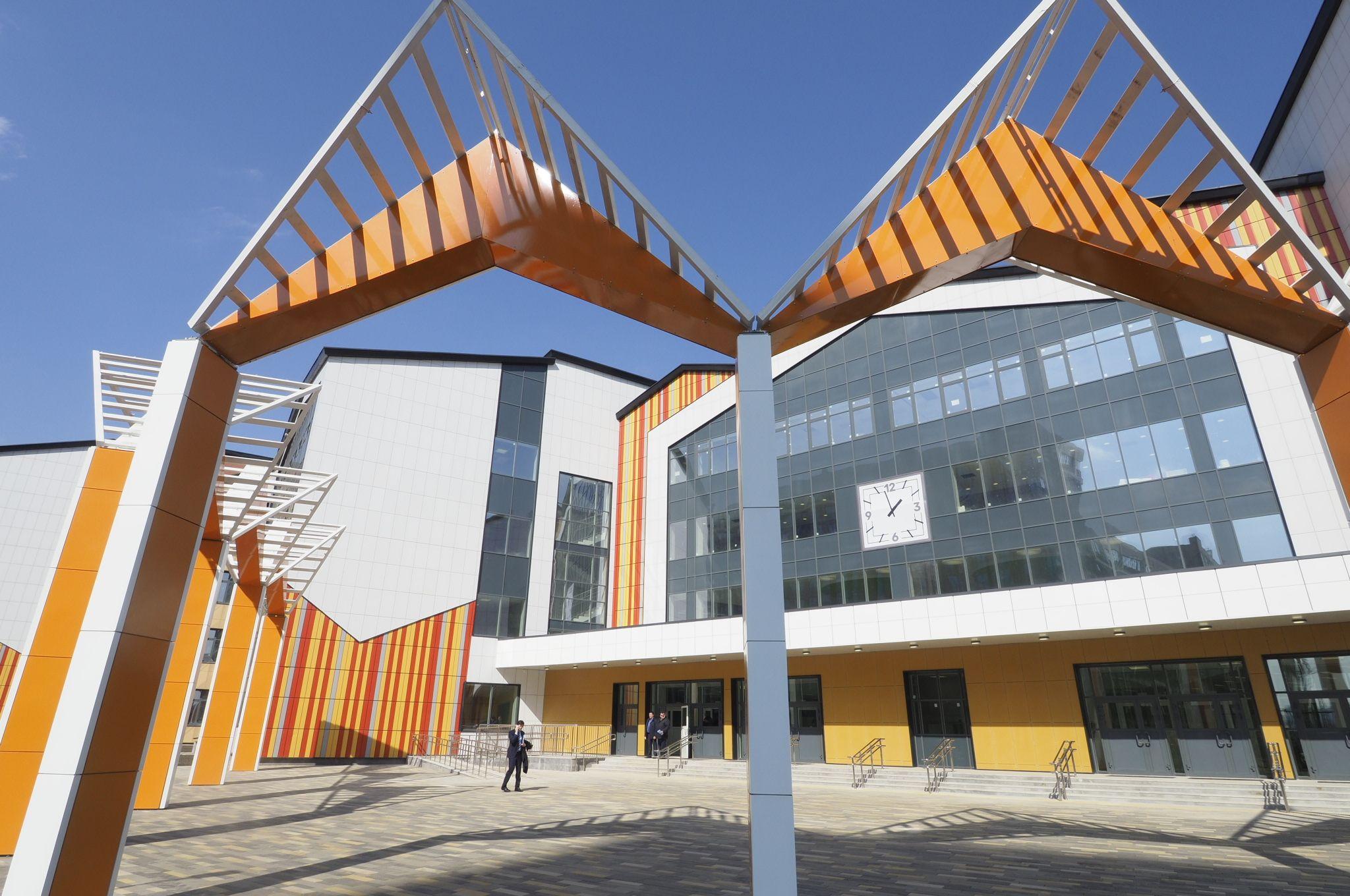 В Москве построили 28 школ и детсадов с начала года