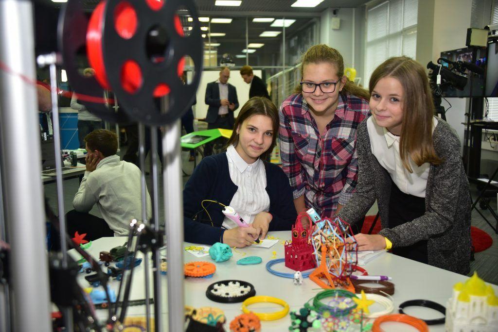 Юных москвичей пригласили на лекции о программировании