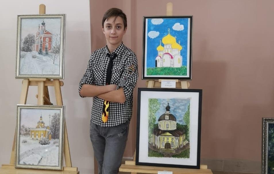 Юные художники из Краснопахорского выставили картины в здании Московской городской Думы