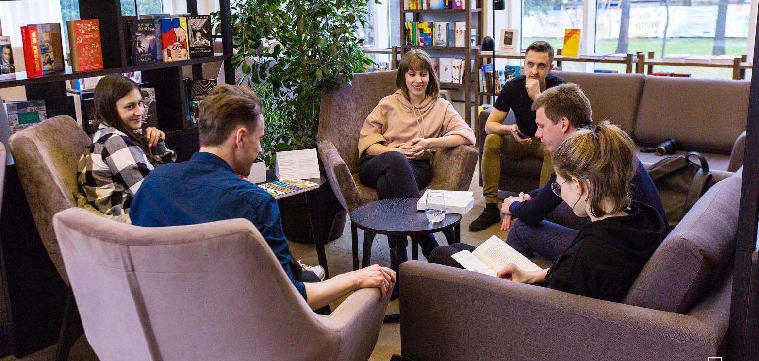 Литературно-музыкальная гостиная «Поговори со мною, мама» состоится в Московском