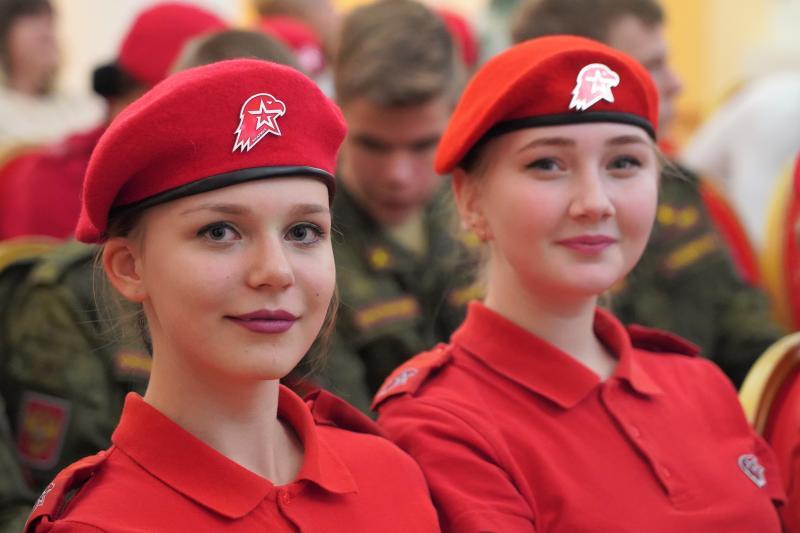Ученики кадетских классов и юнармейцы примут участие в параде 7 ноября. Фото: архив