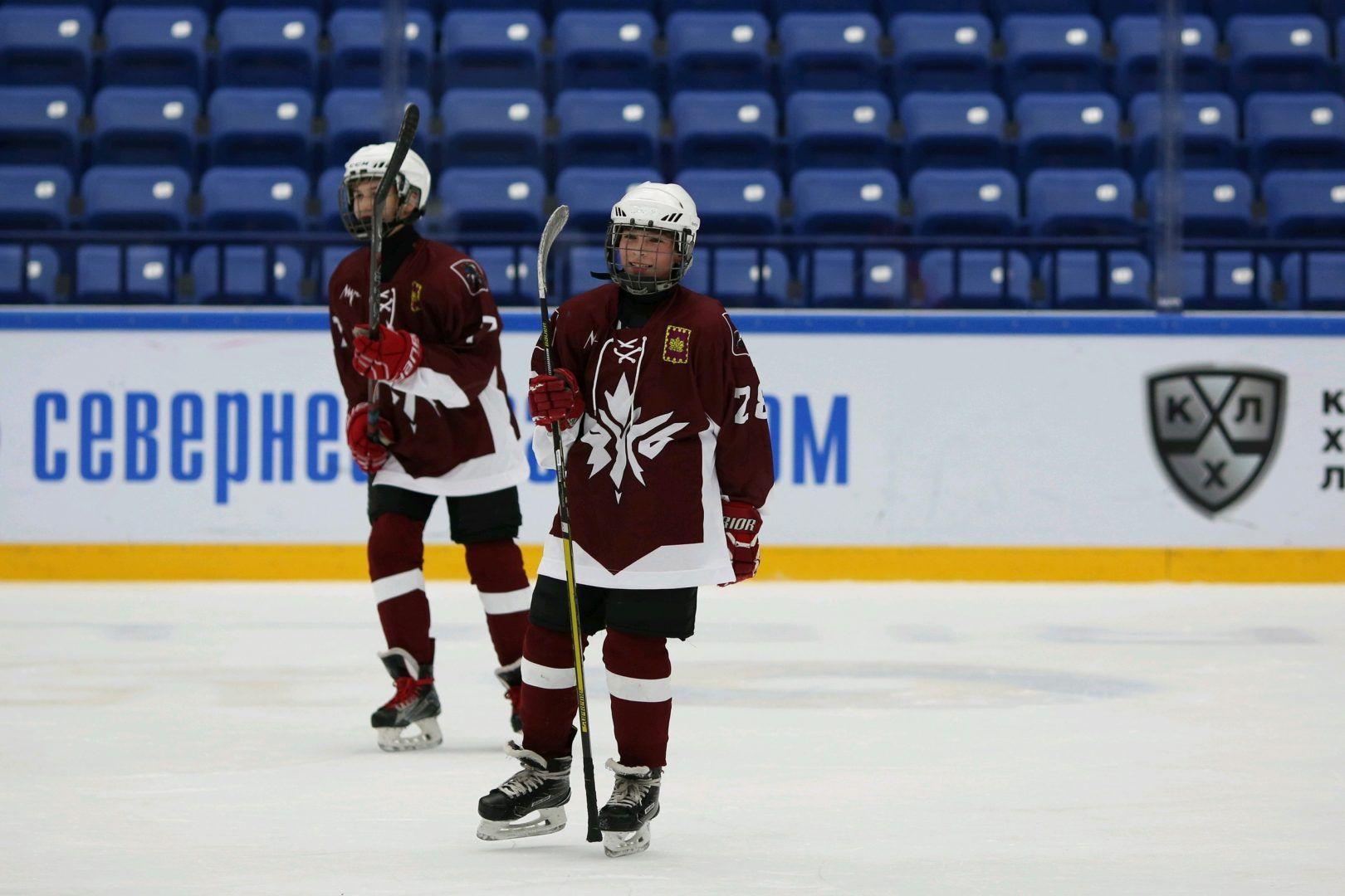Игру провели на ледовой арене «Витязь». Фото: предоставил сотрудник учреждения