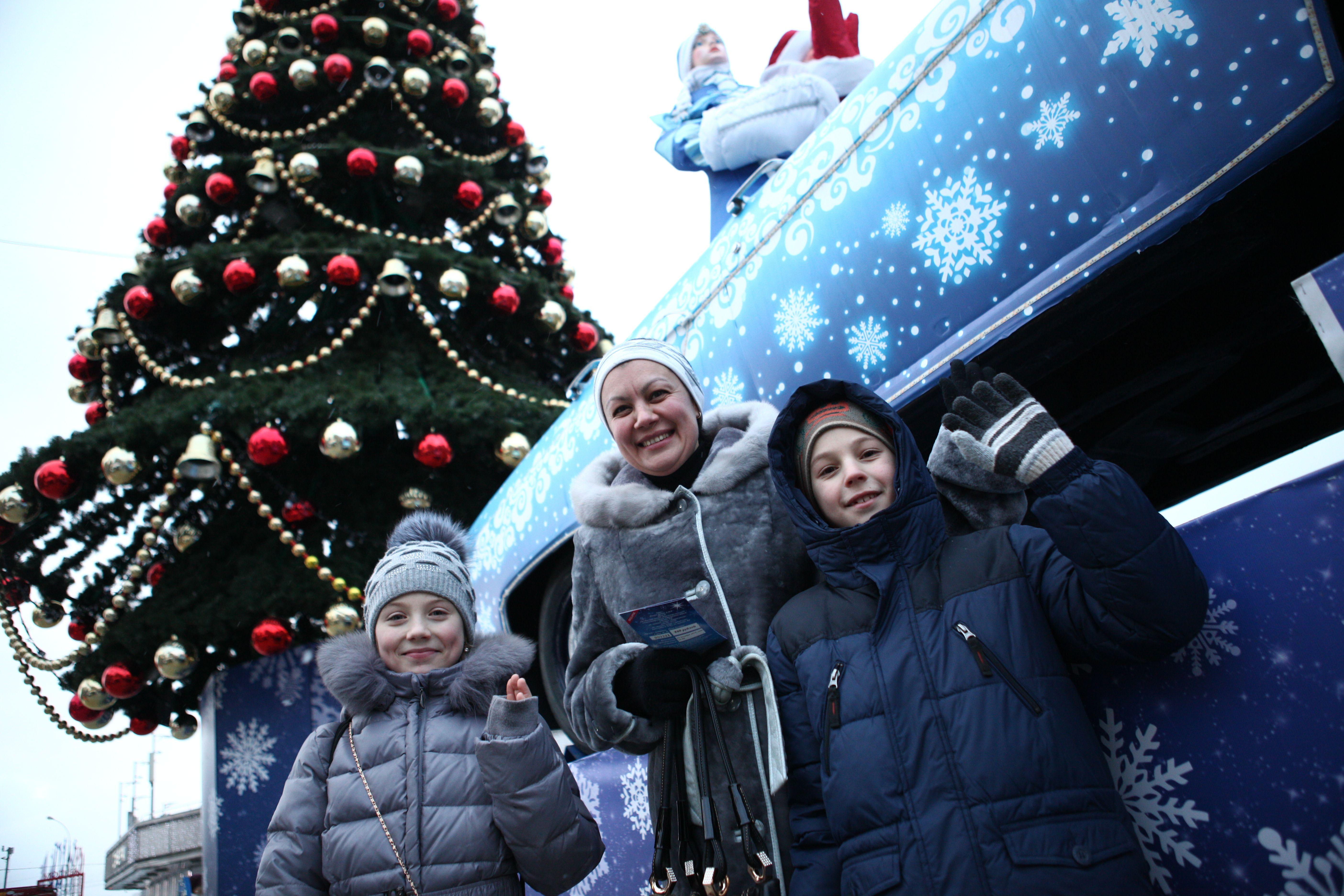 Активным москвичам подарят билеты на новогодние представления