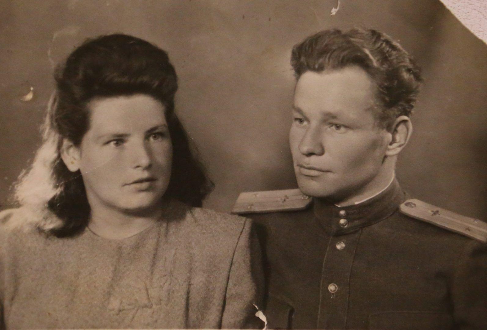 1950 год. Родители Николая Екатерина Григорьевна и Михаил Васильевич Миковы. Фото из личного архива