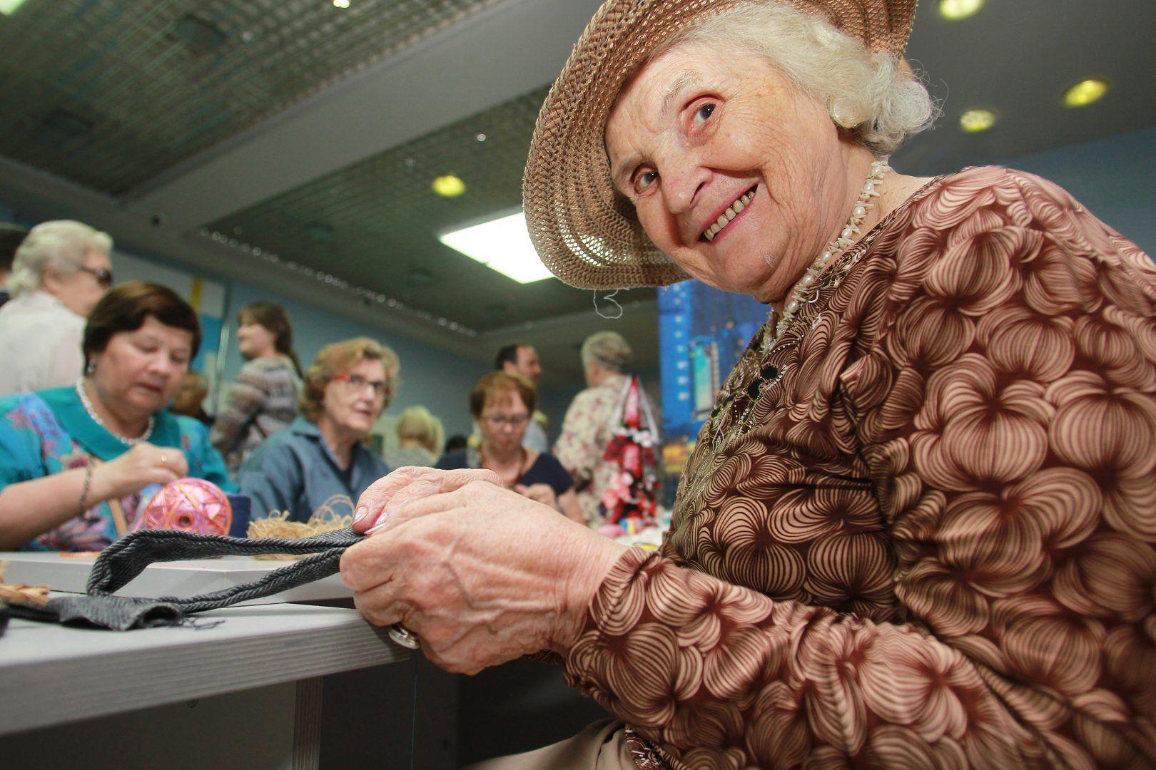Премию «Человек года» вручили активным участникам проекта «Московское долголетие».Фото: архив, «Вечерняя Москва»