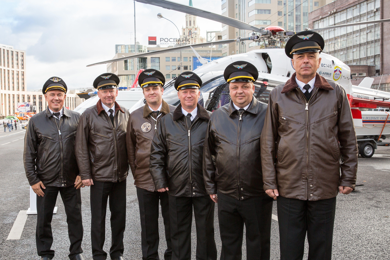 В Международный день гражданской авиации поздравляем Московский авиацентр