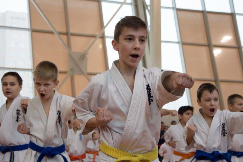 Юные каратисты из Первомайского поедут тренироваться в Санкт-Петербург
