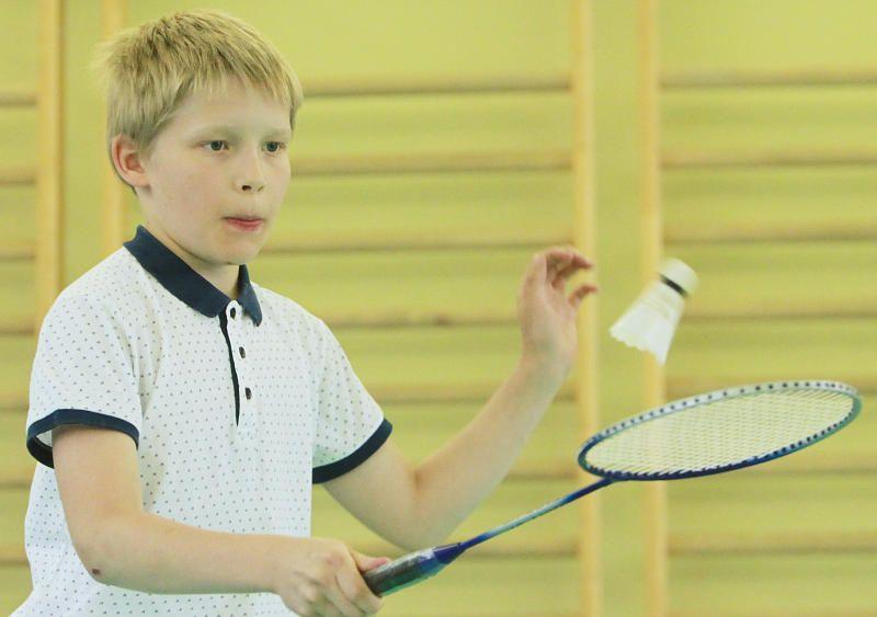 Школьный турнир по бадминтону состоялся в Марушкинском