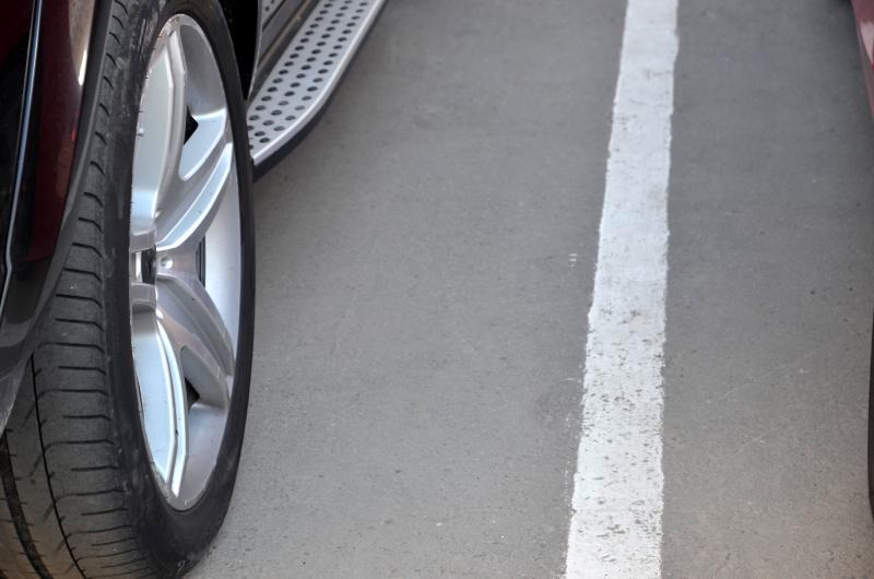 Парковка в новогодние праздники станет бесплатной для жителей