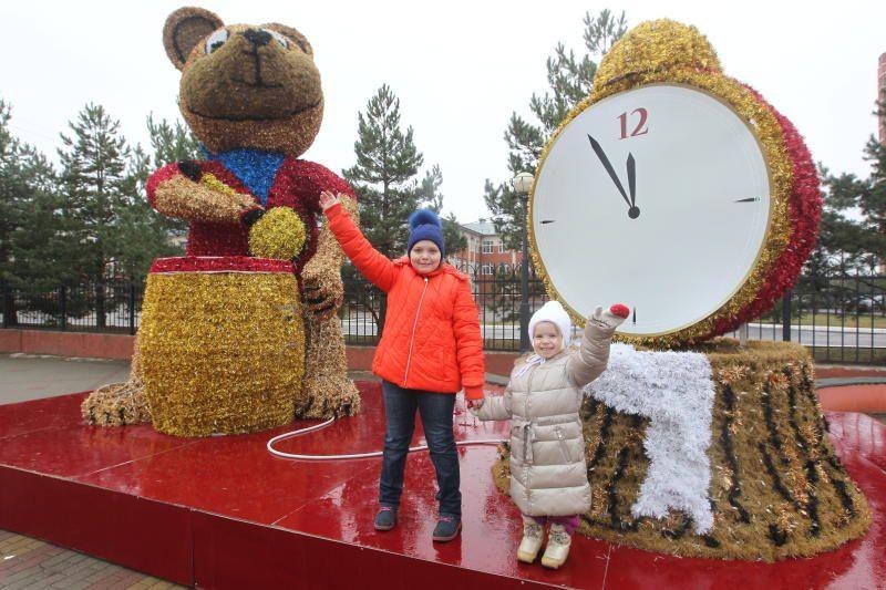 Праздничные декорации в поселении Рязановское