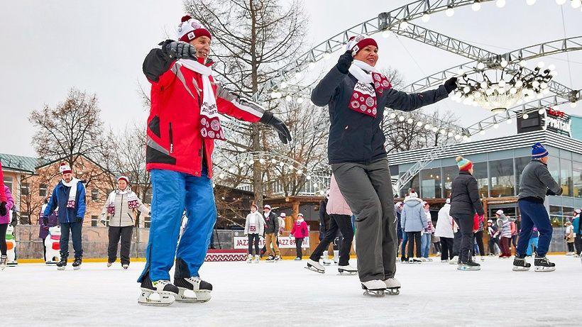 Жители Кокошкина примут участие в заезде на коньках