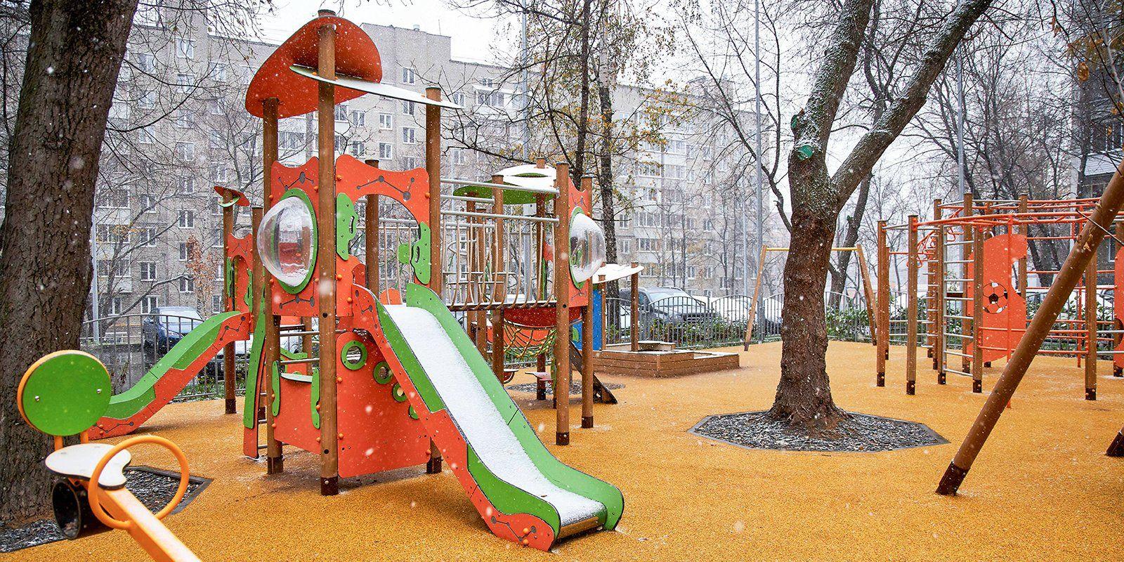 Дворовые территории благоустроили в Филимонковском