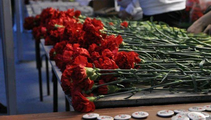 Жители Десеновского привели в порядок памятники