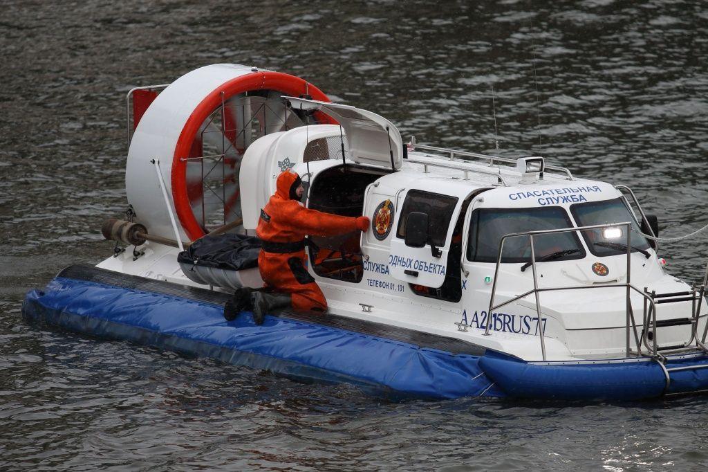 На водных объектах Москвы в 2019 году спасли 117 человек