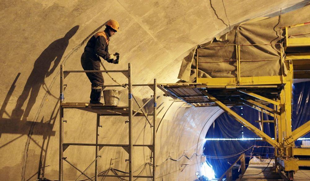 Работы по реконструкции Каховской линии метро завершат в 2022 году