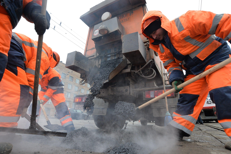 Внуковское шоссе реконструируют до конца сентября