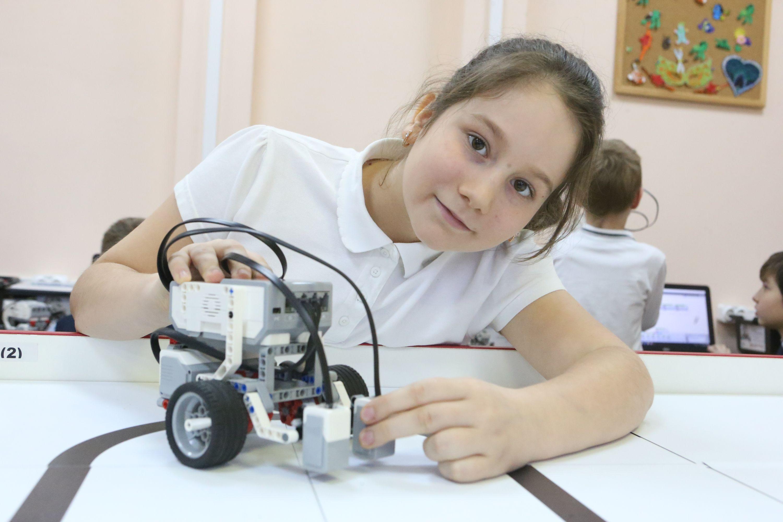 Юные изобретатели из Троицка создают роботов