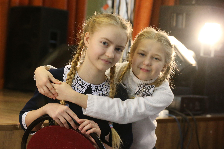 Юные жители Московского изучают джазовый вокал