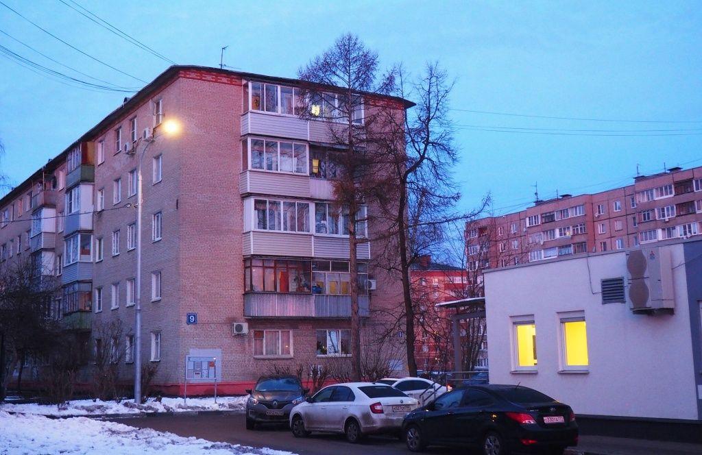Улица в поселке Знамя Октября в Рязановском стала светлее