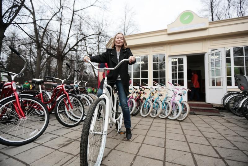 Активные москвичи подержали развитие сети велопроката