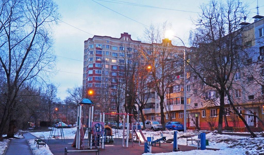 Современный фонарный столб установили в поселении Рязановское