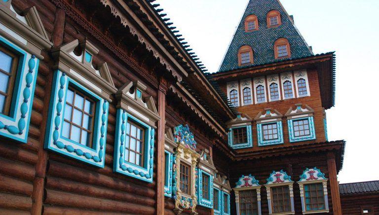 Музей-заповедник «Коломенское» посетили участники «Московского долголетия» из Кокошкина