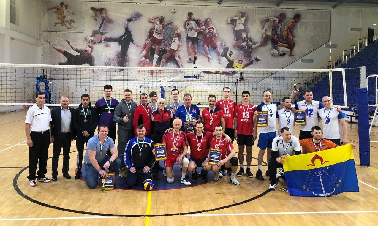 Второе место в межрегиональном турнире по волейболу заняли жители Кокошкина