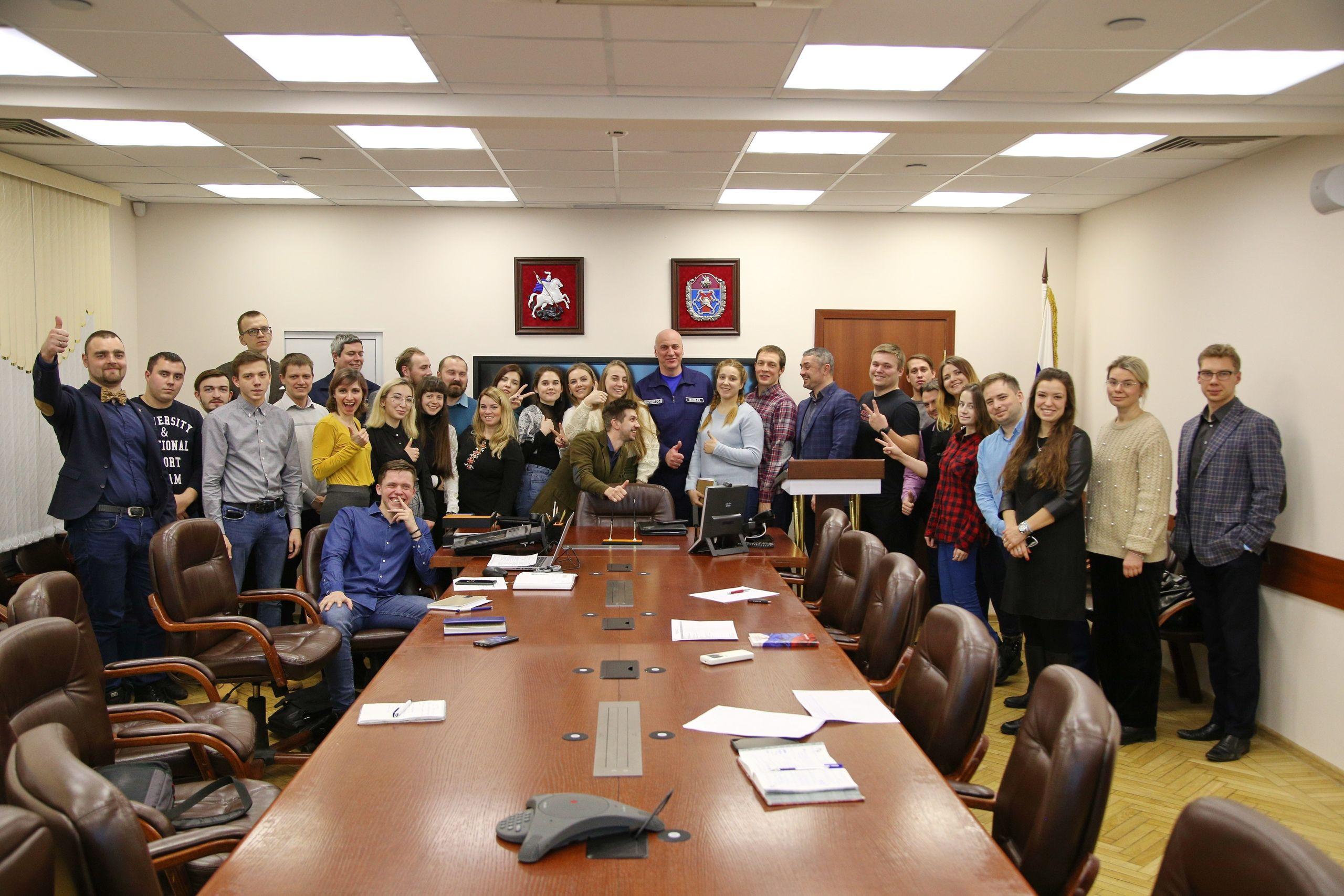 Дорогу молодому поколению: итоговое собрание молодежного совета прошло в Департаменте ГОЧСиПБ