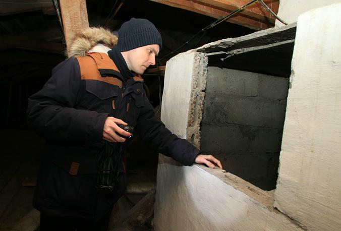 Осмотр технических помещений провели практически во всех жилых домах в поселке Шишкин Лес. Фото: Наталия Нечаева, «Вечерняя Москва»