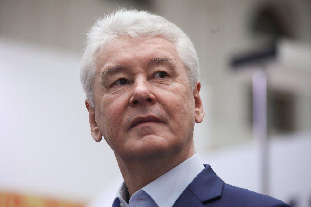 Мэр Москвы поздравил жительниц столицы с Международным женским днем