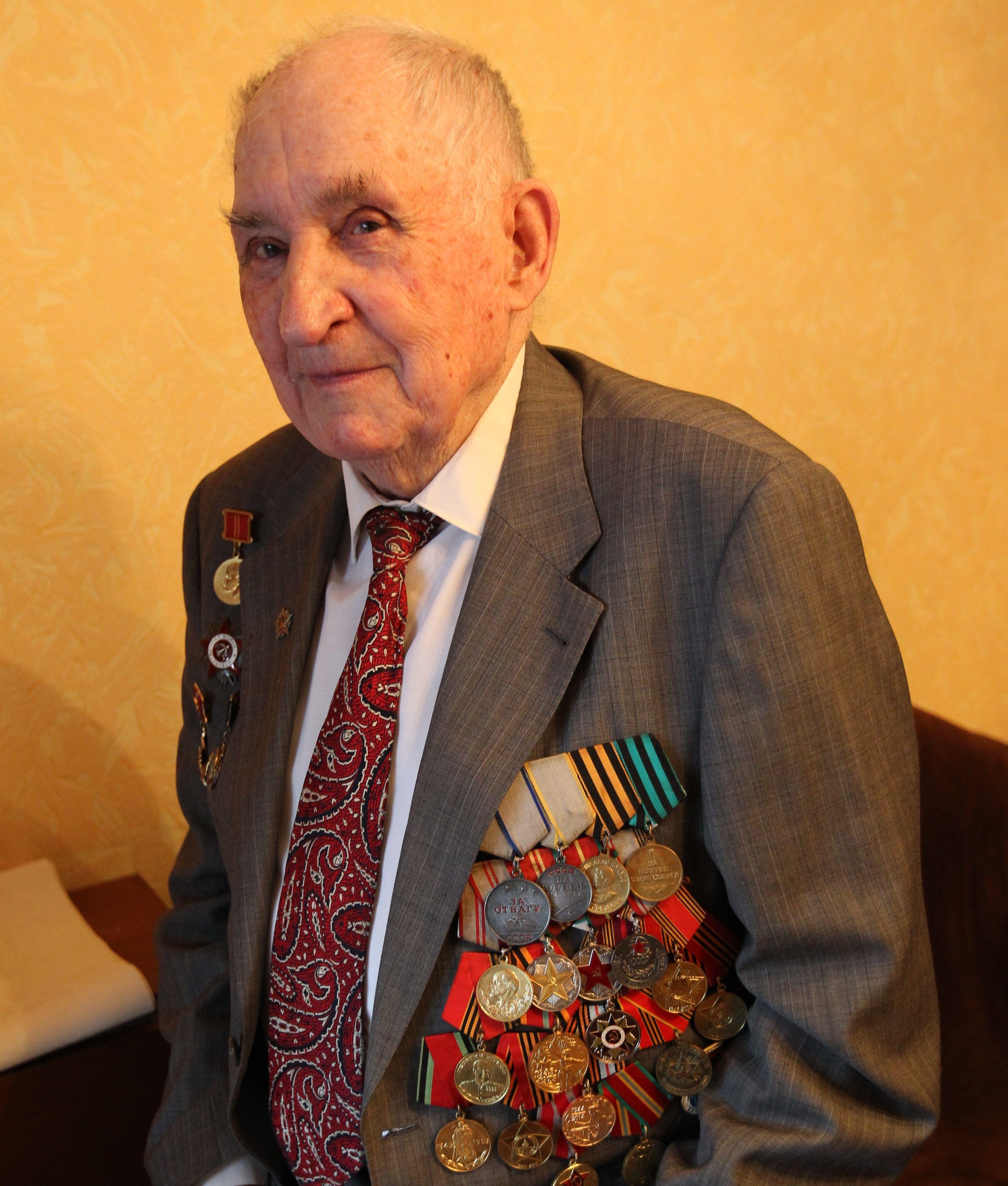 Ветеран Сергей Михайлович Разинков. Фото: Владимир Смоляков