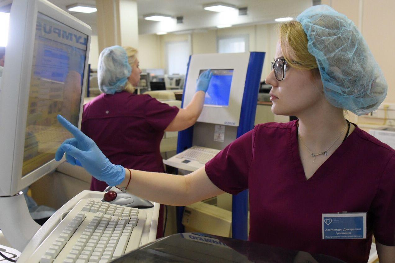 Коллектив роддома №8 предложил помочь в борьбе с коронавирусом