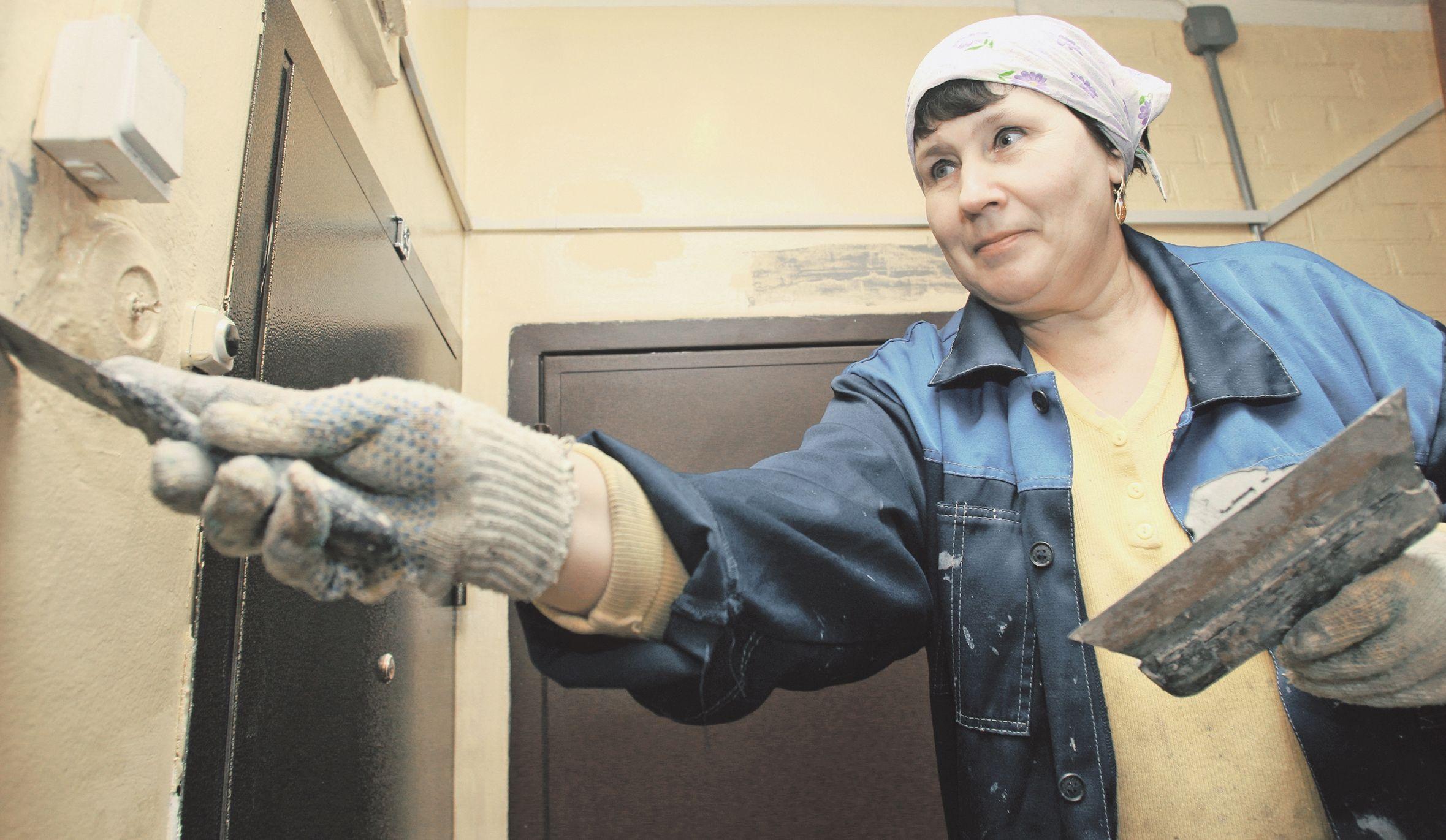 Капитальный ремонт подъездов жилого дома №6 завершили в Кленове
