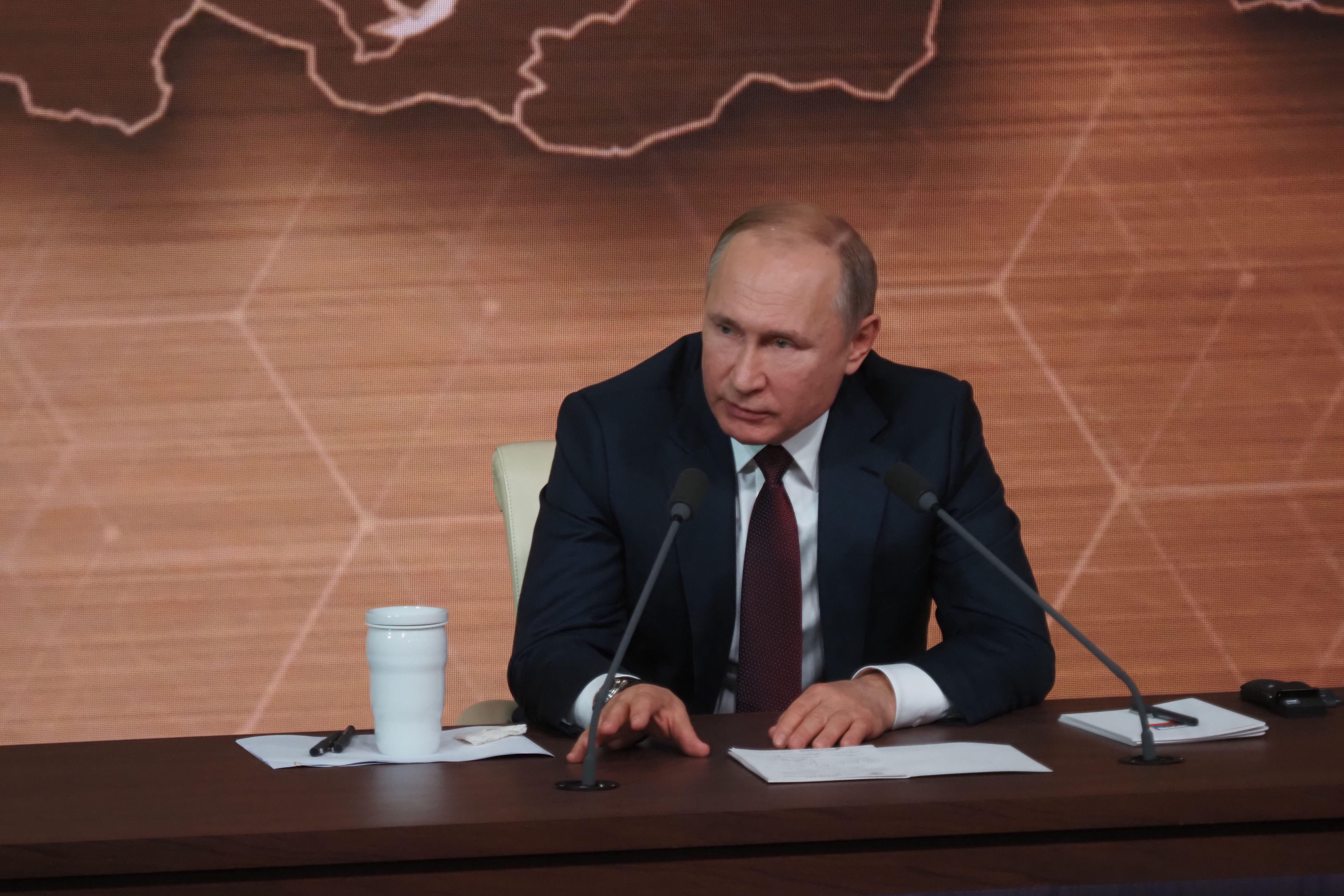 Владимир Путин создал рабочую группу по борьбе с коронавирусом
